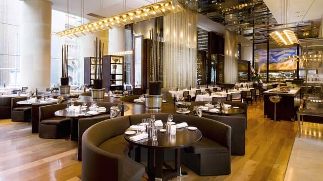 Ideal business lunch destination at Glass Brasserie