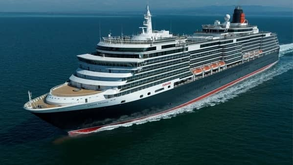 Board a luxury cruise and make your way from Sydney to Cape Town on Queen Victoria